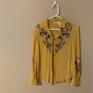 Ashland embroidered button down size 00